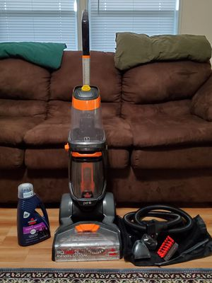 Bissell ProHeat Carpet Cleaner for Sale in Las Vegas, NV