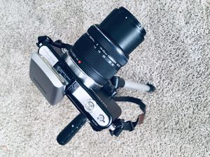 Olympus Pen E1 - Mirrorless Camera + Accessories for Sale in Houston, TX