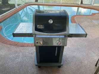 Weber 2 burner gas grill for Sale in FL,  US