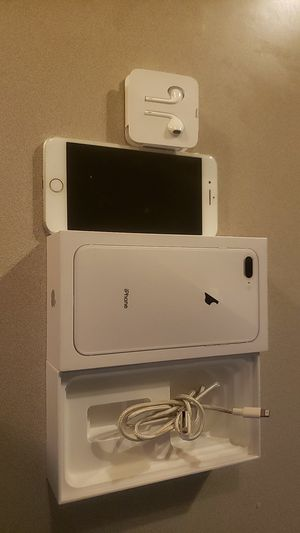 iPhone 8 Plus 64 GB AT&T Silver for Sale in Leesville, LA