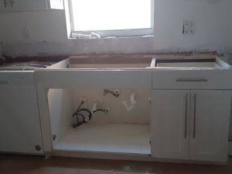 Entire KITCHEN Cabinets Including Lazy Susan. for Sale in Miami,  FL