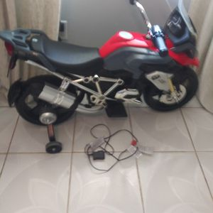 Beautiful BMW R 1200 GS Kids Ride-On Car Motorbike Motorcycle 6V Electric Toy Bike Battery for Sale in Mesquite, TX