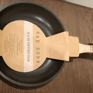 RAE DUNN FRY PAN for Sale in Wantagh, NY