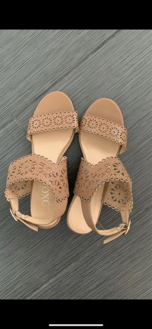 Cute sandals :) for Sale in Tacoma, WA
