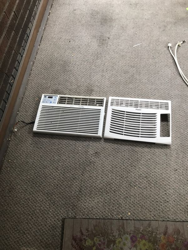 Window ac parts, may need cleaned, otherwise good condition!