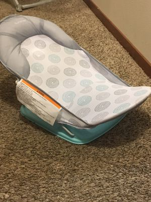 Baby bath (Never Used) for Sale in Sioux Falls, SD