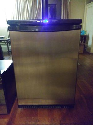 Danby Beer Keg Refrigerator for Sale in Pittsburgh, PA