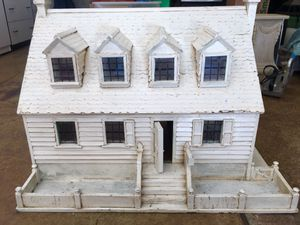 Solid Antique Doll house for Sale in Brush Prairie, WA