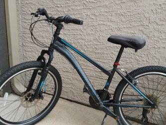 """Schwinn 24"""" Sidewinder mountain bike for Sale in Pearland,  TX"""