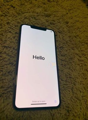 iphone xs max ( icloud locked ) for Sale in Houston, TX