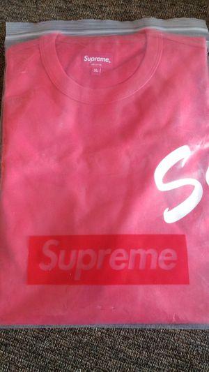 Supreme XL fw20 arc logo shirt... for Sale in Stafford Township, NJ