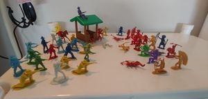 VINTAGE LOT COWBOY & INDIAN TOYS for Sale in Plant City, FL