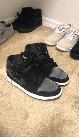 Jordan retro 1s size 10 . Worn only a couple times for Sale in Orlando, FL