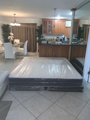 King mattresses and box springs FREE DELIVERY 200$ for Sale in Hollywood, FL