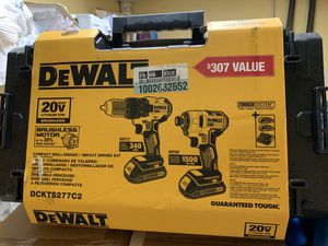 DEWALT 20-Volt MAX Lithium-Ion Cordless Combo Kit (2-Tool) with (2) Batteries 1.3Ah with ToughSystem Case for Sale in Raleigh, NC