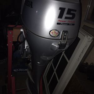 2019 Honda BF15 Outboard Motor (4-Stroke) Almost Brand New for Sale in Los Angeles, CA