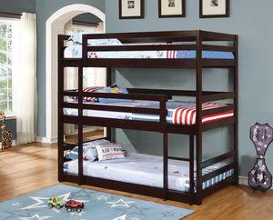 Triple twin bunk bed for Sale in Pembroke Pines, FL