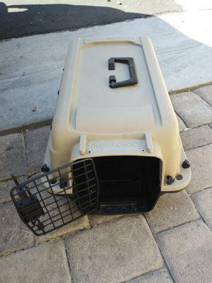 "Small ""great choice"" dog carrier( for a small dog) for Sale in Las Vegas, NV"