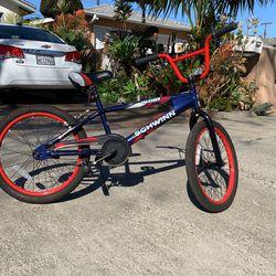 Falcón Scwinn Kid's Bike for Sale in Costa Mesa,  CA