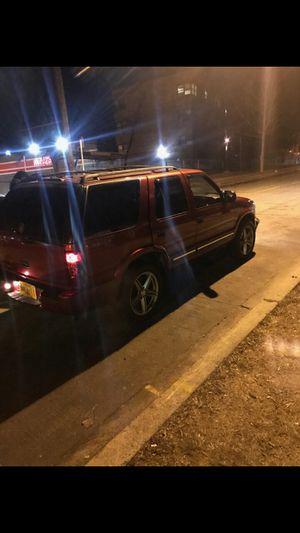 Chevy blazer ls 4x4 2000 clean title for Sale in Washington, DC