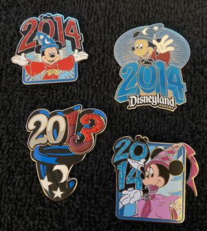 Disney Pin #465, 2013/2014 set (4) for Sale in San Diego, CA