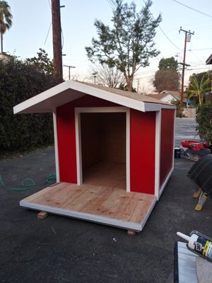 EXTRA LARGE 🐕 DOG HOUSE 🏠!! for Sale in Rosemead, CA