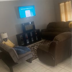 Living room set /Brand new Futon included for Sale in Houston,  TX