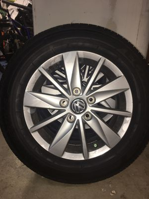 2018 VW golf stock wheels for Sale in Woodway, WA