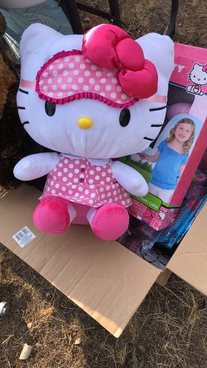 Hello Kitty birthday pack for Sale in Tacoma, WA