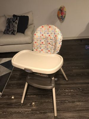 Graco convertible high chair for Sale in Houston, TX