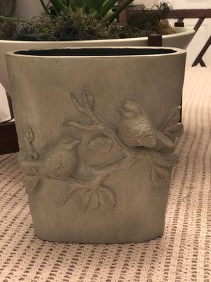"""Elegant Resin Birds Vase - New 9 """" Tall for Sale in Pomona, CA"""