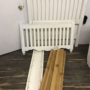 Bed Frame for Sale in Pasco, WA