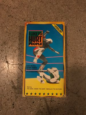 VINTAGE WRESTLING VHS TAPE I LIKE TO HURT PEOPLE ANDRE THE GIANT THE SHEIK for Sale in West Covina, CA