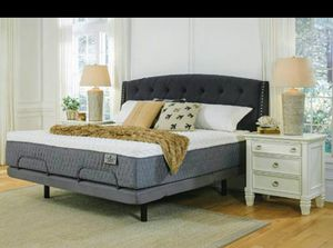 """KING LUXURY 14"""" ASHLEY PREMIUM SOFT HYBRID Don't Spend $799. Selling $475 for Sale in Knoxville, TN"""