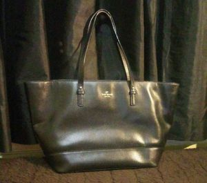 Kate Spade tote for Sale in The Bronx, NY
