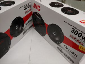 Car speakers : ( 2 pairs ) JVC 6.5 inch 2 way 300 watts car speakers for Sale in Bell Gardens, CA