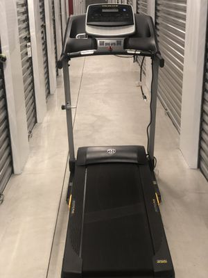Gym Equipment (Gold's Gym 430i Treadmill) for Sale in San Diego, CA