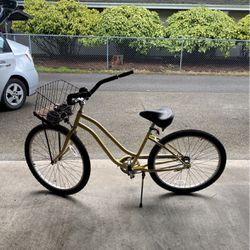Yellow Cruiser Bike for Sale in Joint Base Lewis-McChord,  WA
