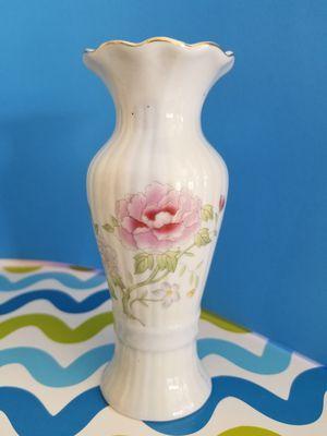 "Floral Ceramic Vase - 6"" Tall for Sale in Palm Bay, FL"