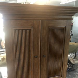 Wooden Tv Console for Sale in Virginia Beach, VA