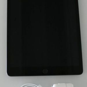 iPad 7th Generation WiFi/cellular for Sale in Monongahela, PA