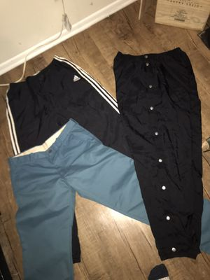 Men's Size Large Pants Lot $5 for Sale in Santa Fe Springs, CA