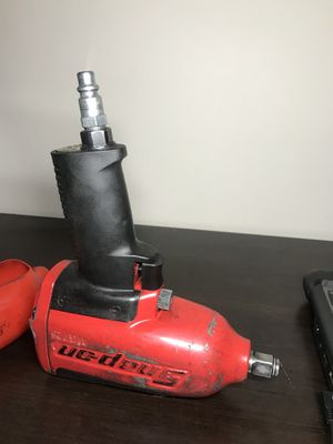 Snap on MG725 Air Impact Wrench (800ft lb of torque ) for Sale in Atlanta, GA