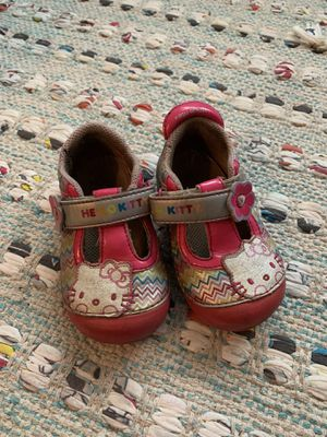 Stride rite(hello kitty) shoe - size 6 for Sale in Billerica, MA