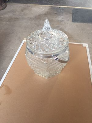 Wexford cut glass ice bucket. Silver handle octagon cut GA for Sale in Peoria Heights, IL