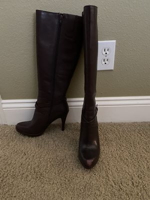 Nine West Platform Heel Boots size 6.5 ($75 for black and $45 for Maroon) for Sale in Largo, FL