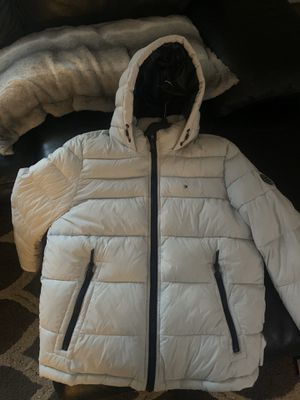 Brand new Tommy Hilfiger large for men's for Sale in Waterbury, CT