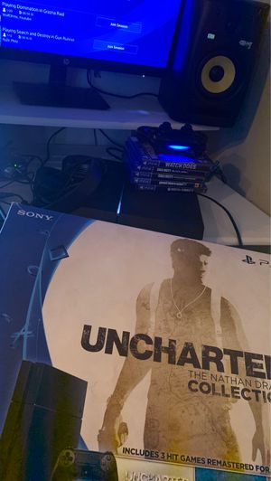 NEW PS4 with OG box bundle INCLUDES 5 games + headset for Sale in Riverdale, GA