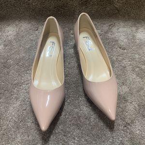 Size 5 — Women's Pointy Toe Kitten Heels Pumps for Sale in Arcadia, CA