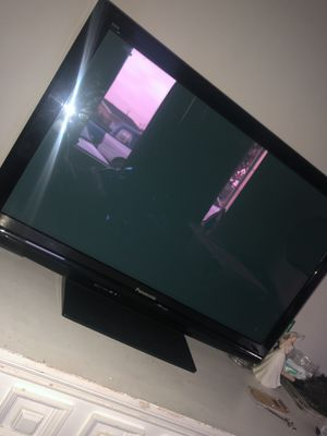 "Panasonic 42"" TV for Sale in Santa Ana, CA"
